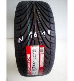 OPONA 215/55/16 Roadstone...